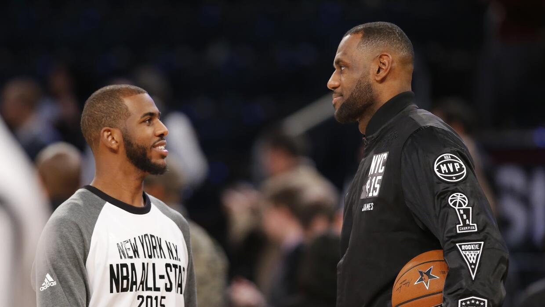 LeBron lideró a los Cavaliers con un promedio de 26 puntos; 7,8 rebotes.