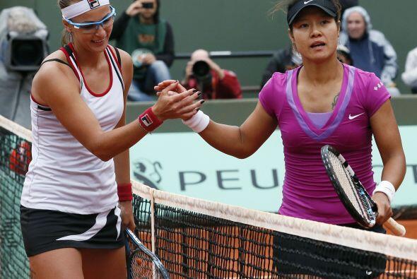 La china Na Li (derecha), soprendente ganadora el pasado año, que...