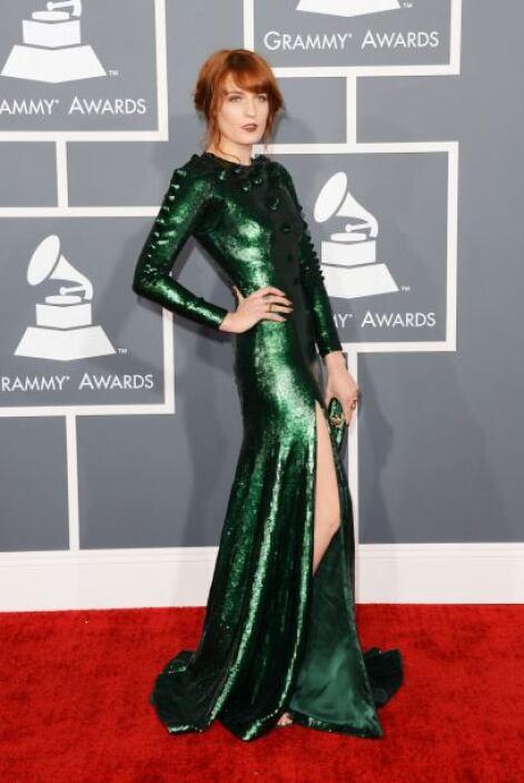Florence Welch eligió un Givenchy, con el que no nos convenció, pues abu...