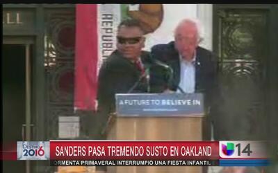 Lanzan objeto a Bernie Sanders durante evento en Oakland