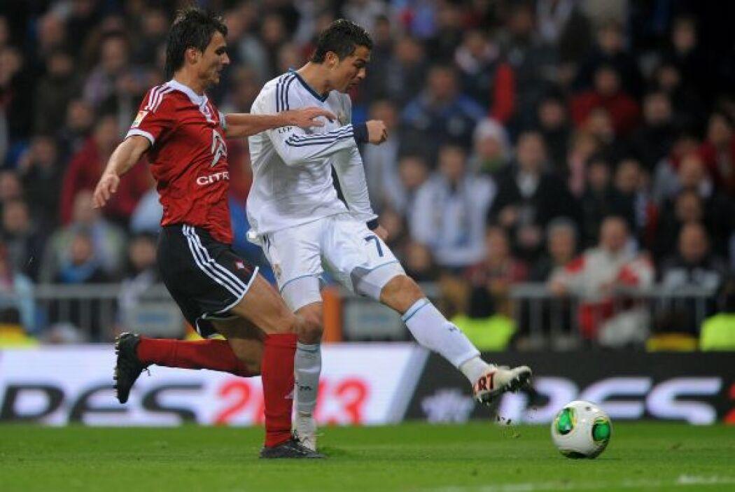 Apenas a los tres minutos Cristiano impuso su pegada con un tiro imparable.
