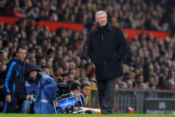 Ni el gol tranquilizaba a Ferguson, que veía el juego parado en su área...