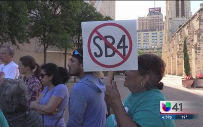 La ciudad de San Antonio analiza emitir una demanda contra la ley SB4