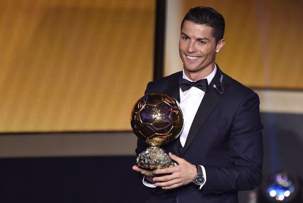 El portugués Cristiano Ronaldo conquistó el trofeo al mejor jugador del...