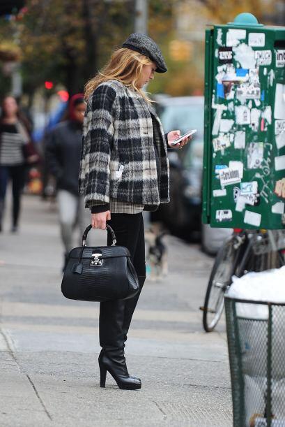 Blake haciendo sus compras por todo Manhattan.