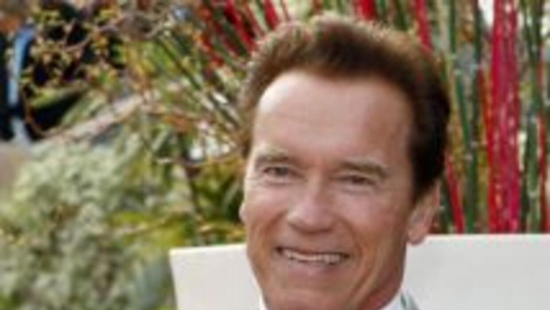 Arnold Schwarzenegger tuvo un hijo con su empleada doméstica.
