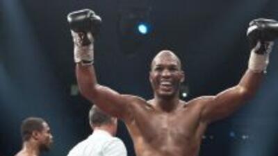 Bernard Hopkins pasó a la historia del boxeo al ganar el campeonato mund...