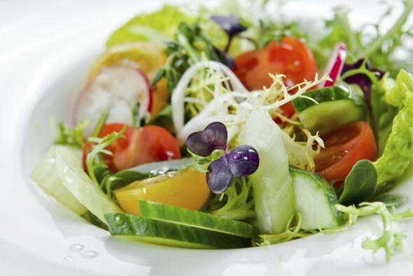 7. Verduras en escabeche. Esta ensalada crocante, ácida e intensa, es el...