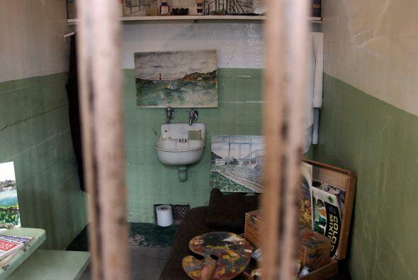 Cuando llegó Al Capone a Alcatraz en 1934, los funcionarios de la prisió...