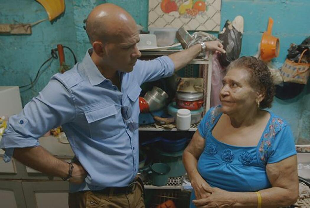 En Zacapa, una de las zonas más árida de Guatemala, el doctor Juan conti...