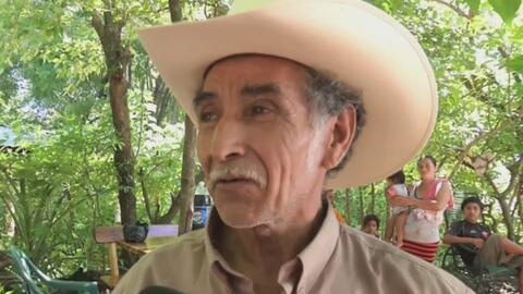 Salvadoreño construye sin descanso túnel bajo la tierra pues asegura hab...