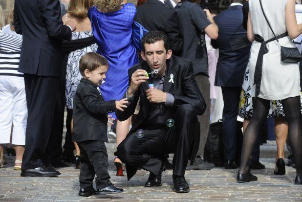 Y su segundo hijo nació en el 2009, aquí aparece en la imagen. David Lee...
