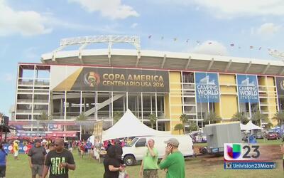 Fanáticos de Brasil y Haití toman Orlando por sorpresa
