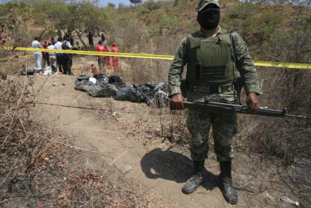 En el estado suroeste de Michoacán se desató una lucha entre el cártel d...