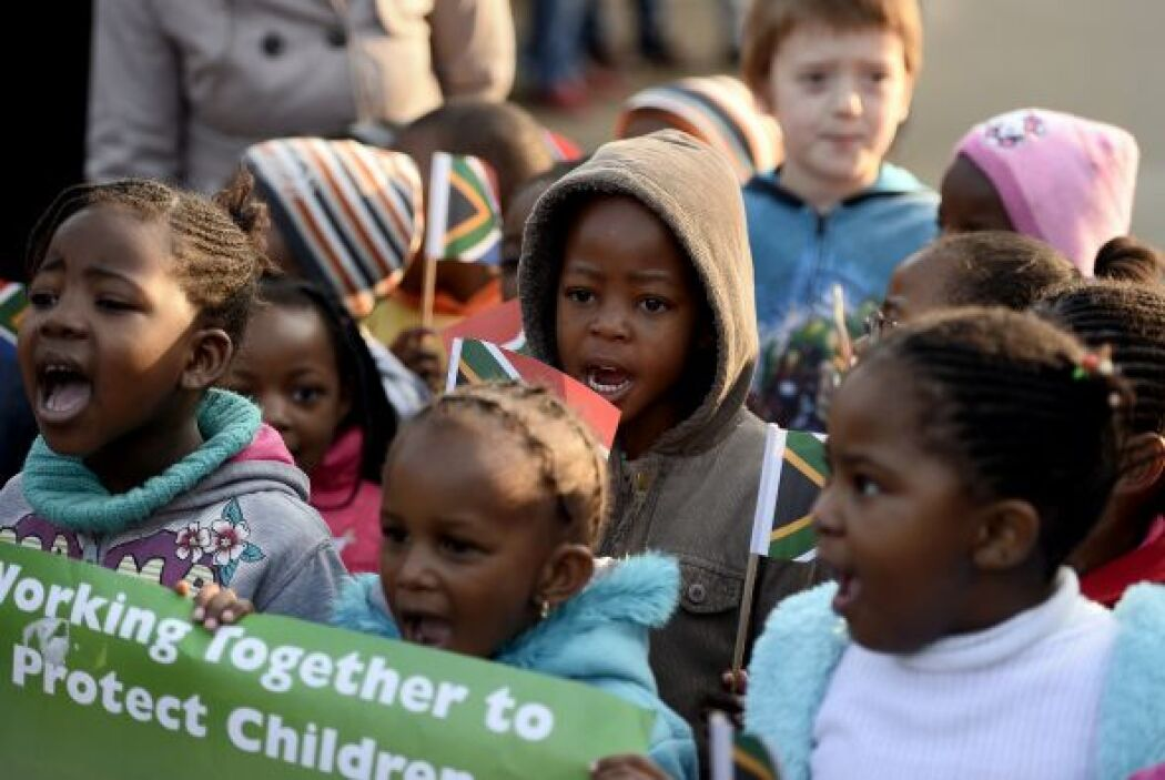 Con cientos de actos en todo el país, millones de sudafricanos celebran...