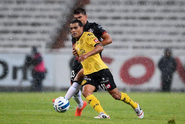 William Ferreira: Los Leones Negros depositaron las esperanzas de gol en...