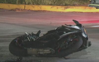 Un motociclista murió al ser atropellado por un automóvil en Spring Cypress