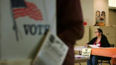 Pese a que ha caído el apoyo de los latinos hacia los demócratas desde 2...