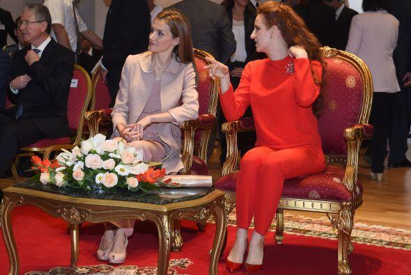 Lalla además es la madre del príncipe heredero Moulay Hassan y la prince...