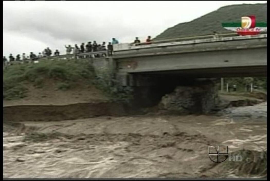 """Los remanentes del huracán """"Mattew"""" han afectado severamente los estados..."""