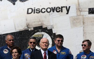 El astronauta retirado y exsenador John Glenn falleció este miércoles. E...