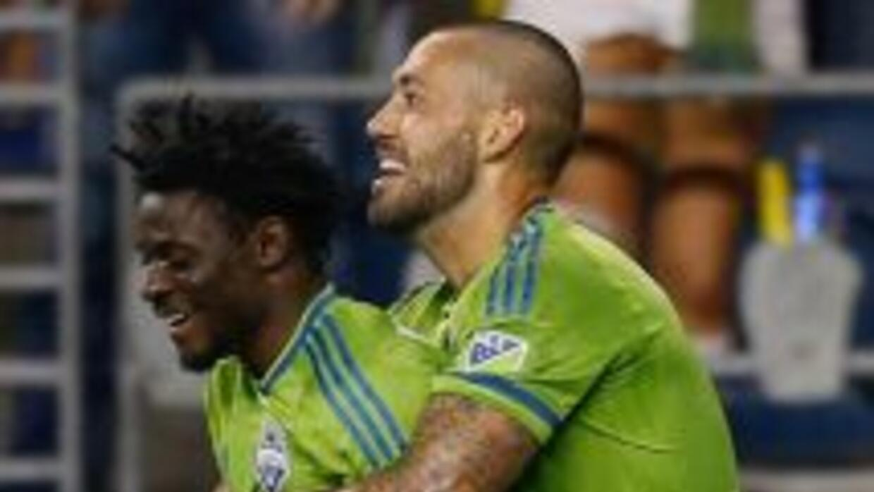 Obafemi Martins y Clint Dempsey, Seattle Sounders FC.