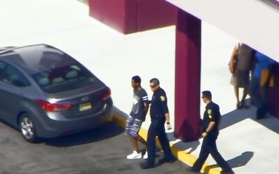 Cuatro estudiantes de secundaria fueron detenidos luego de encontrar un...
