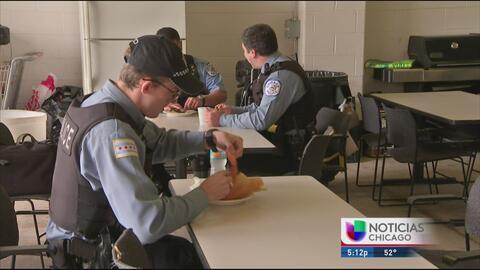 Residentes de La Villita agradecen a los policías de su barrio