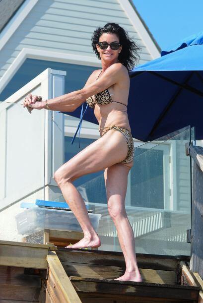 Janice Dickinson se siente sexy. Mira aquí los videos más...