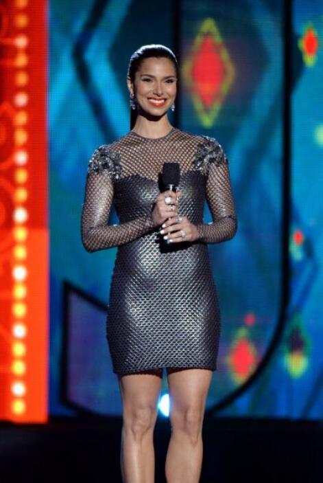 Roselyn Sánchez lució, como siempre, elegante y bella.