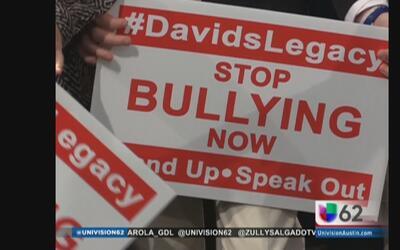 "Buscan aprobar una ley contra el ""ciberbullying"" en Texas"
