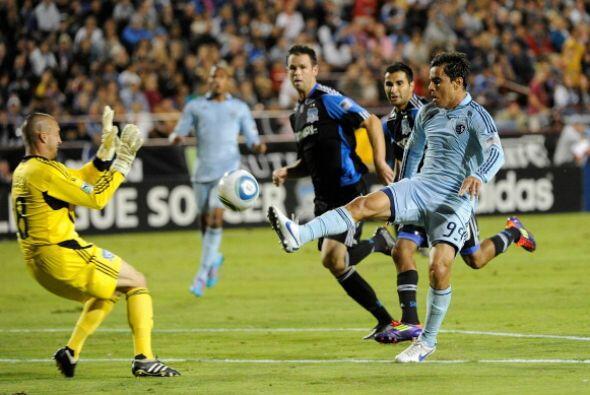 Mientras el punto le sirvió al Sporting para seguir en la parte a...