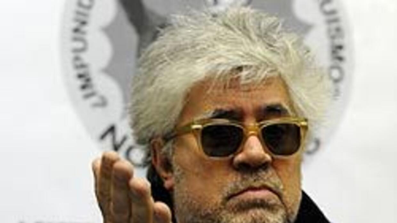 Artistas y escritores claman por la democracia en Cuba 'lo antes posible...