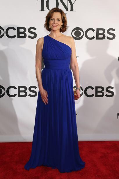 El azul vistió el cuerpo de varias famosas como Sigourney Weaver, Laura...
