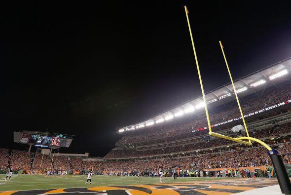 Domingo, Nov. 29 -- Rams vs. Bengals, Paul Brown Stadium, Cincinnati, Oh...