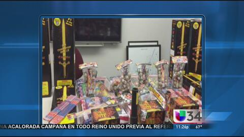 Policía de Santa Ana decomisa 300 libras de pirotecnia ilegal