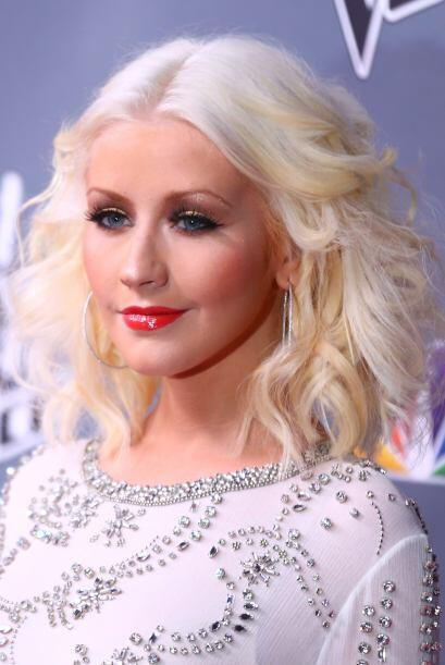 Si has visto unos brillos como los que lleva Christina Aguilera y no sab...