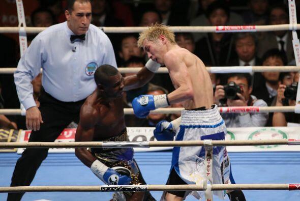 A partir de ese momento Rigondeaux subió el ritmo de la pelea para recup...