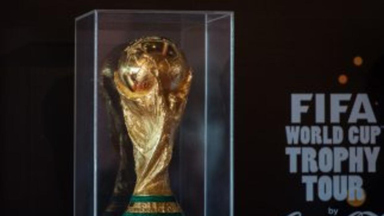 En un avión privado procedente de Managua, el codiciado trofeo futbolero...