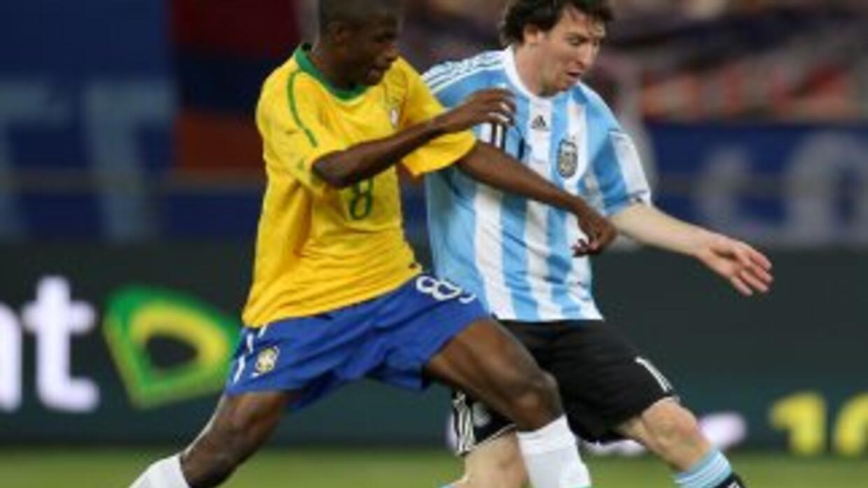 Argentina-Brasil, los eternos rivales del fútbol.