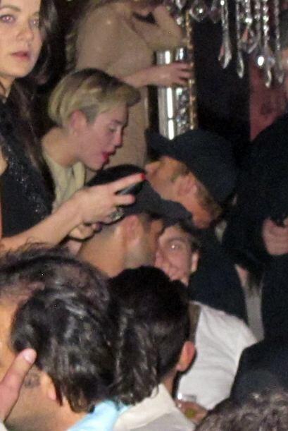 Los dos estuvieron muy juntitos en un club de Las Vegas.Mira aquí...