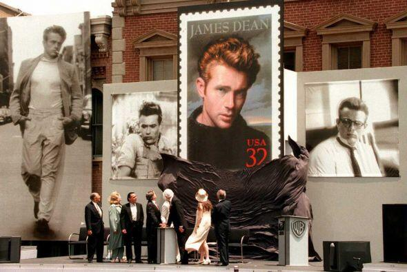 El 30 de septiembre de 1955, a sus 24 años, perdió la vida...