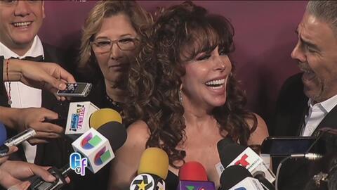 Radiante y feliz, Verónica Castro ya hizo su gran regresó a los escenari...