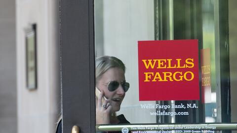 Wells Fargo debe pagar una multa de $3.6 millones de dólares y devolver...