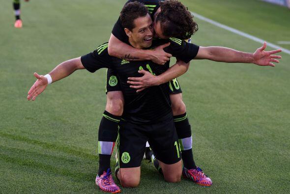 Al final México se quedó con un triunfo en el que Corona y Chicharito fu...