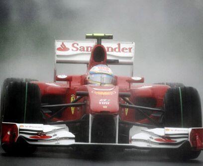 GP de COREA, 24 de octubreFernando Alonso aprovechó la torrencial...