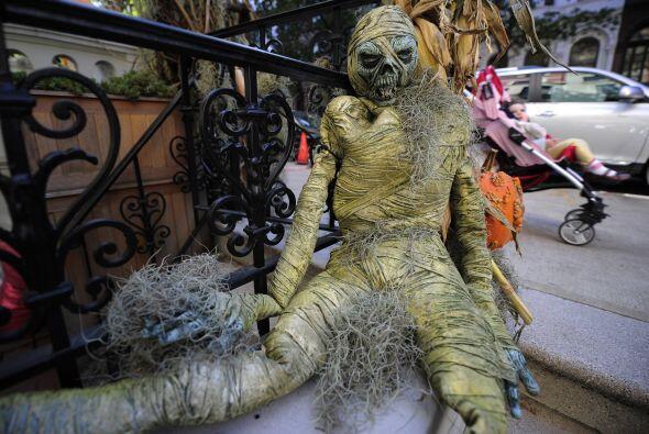 Esta noche de brujas debes tomar medidas para proteger a tu familia de l...