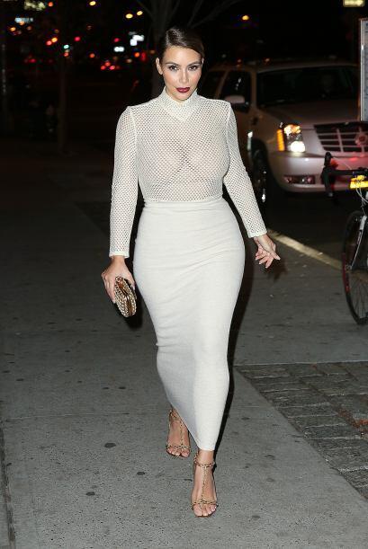 Otra que no le tuvo miedo al frío fue Kim Kardashian, pues vean cómo sal...