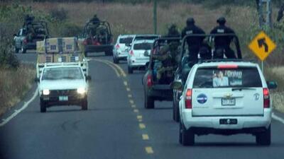 Cuerpos de seguridad se enfrentan con presuntos narcos en Michoacán