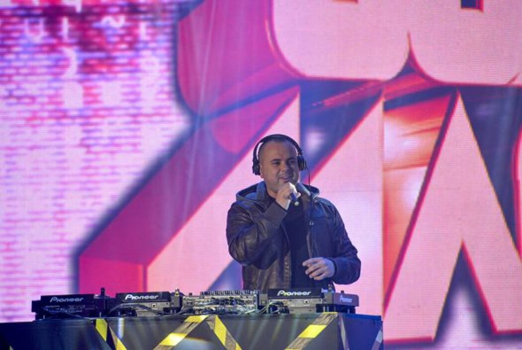 Juan Magan también se incorporó con un remix de sus grandes éxitos para...